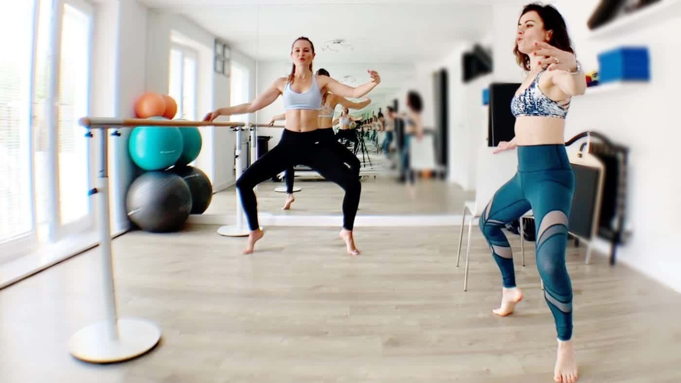 Plié workout at the Barre with Hilal Leigh – Gone Adventuring